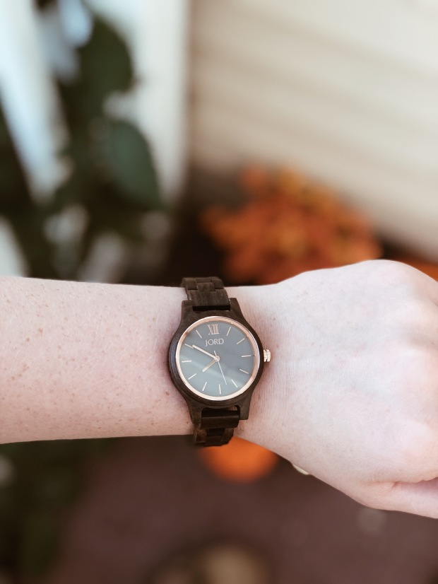 jord wood watch close up, detail, color, design, style